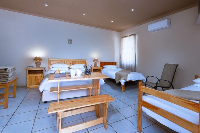Gariep Inn Unit-02 accommodation at Gariepdam